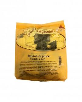 Ravioli di Pesce bianchi e neri - 1 kg pasta fresca all'uovo ripiena SURGELATA - Pastificio La Ginestra