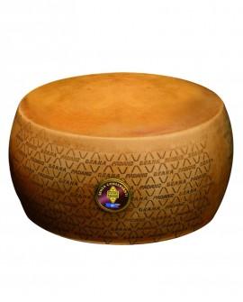 Forma intera Grana Padano DOP senza conservanti 18-20 mesi - 36-38 kg - Montanari & Gruzza