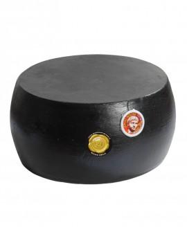 Forma intera CACIONERONE formaggio duro tradizionale con crosta nera - 20 mesi - 36-38 kg - vendita al pezzo -Montanari & Gruzza