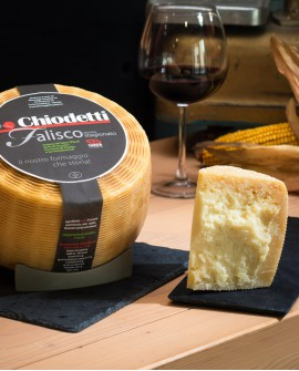 Pecorino Falisco Stagionato Vecchio - formaggio di pecora - metà 1,8Kg - stagionatura 180 giorni - Formaggi Chiodetti