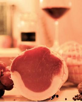 Filetto con pepe nero e finocchietto - metà 1,5Kg sottovuoto - stagionatura 5 mesi - Salumi Tomeo