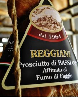 Prosciutto di Bassiano Etichetta Nera Affinato al Fumo di Faggio con Osso 9,5 Kg - stagionatura 16 mesi - Reggiani